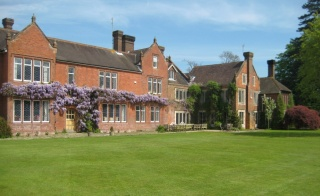 Holiday Cottage Reviews for Northfields House - Self Catering Property in Chichester, West Sussex
