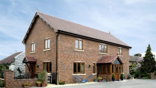 Holiday Cottage Reviews for Oak House - Self Catering in Southam, Warwickshire