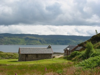 Holiday Cottage Reviews for Lochside Follies - Self Catering in ACHARACLE, Highlands