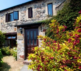 Holiday Cottage Reviews for CARREE COTTAGE - Self Catering in Cark in Cartmel, Cumbria
