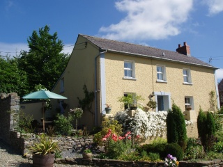 Holiday Cottage Reviews for Coedmor Cottage - Holiday Cottage in Lampeter, Ceredigion
