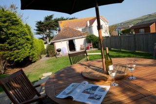 Holiday Cottage Reviews for Oyster Cove - Holiday Cottage in Croyde, Devon