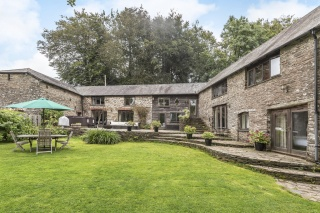 Holiday Cottage Reviews for Fletchers Combe Barn - Self Catering in Totnes, Devon