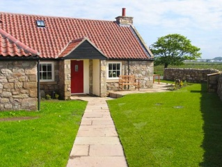 Holiday Cottage Reviews for Nanny End - Holiday Cottage in Beadnell, Northumberland