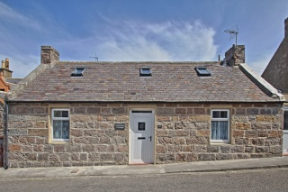 Holiday Cottage Reviews for McKenzie Cottage - Holiday Cottage in Portknockie, Moray