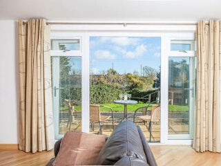 Holiday Cottage Reviews for 5 Red Rock - Self Catering in Dawlish, Devon