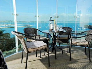 Holiday Cottage Reviews for The Olympus Penthouse - Holiday Cottage in Portland, Dorset