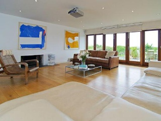 Holiday Cottage Reviews for Higher Close - Holiday Cottage in Mawgan Porth, Cornwall Inc Scilly