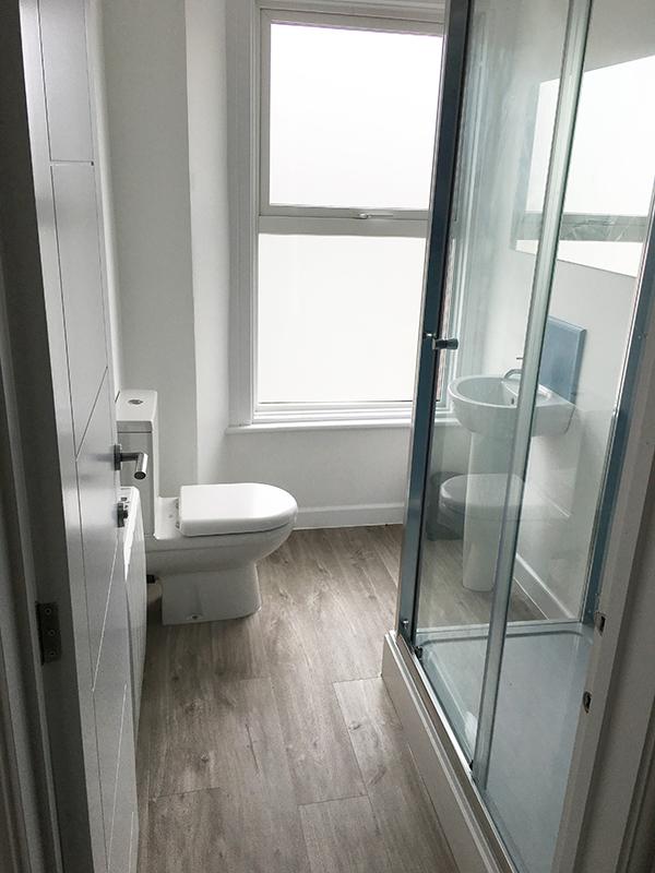 10redwood Bathroom Second