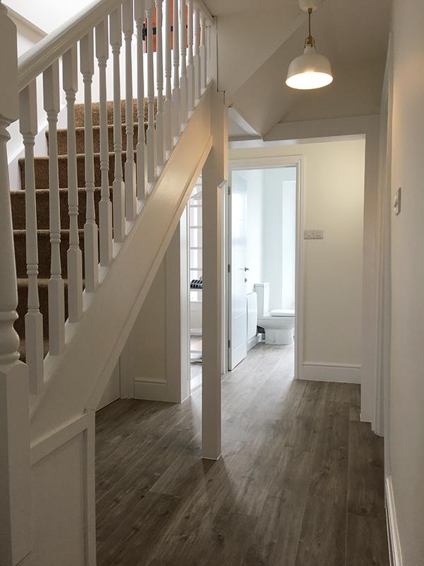 11redwood Hallway Stairs