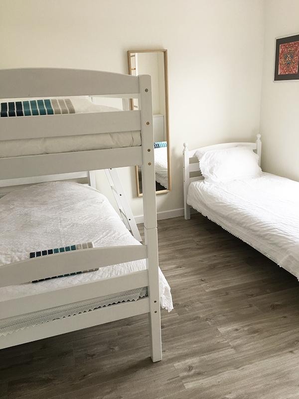 8redwood Twin Room