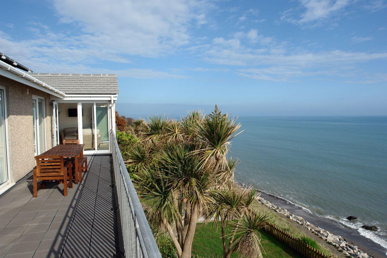 Beach Belle Downderry Balcony Over Garden