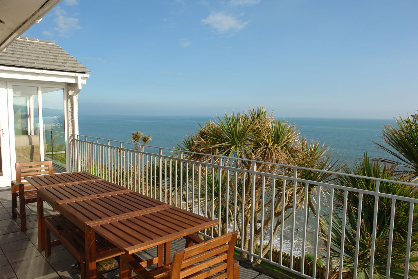 Beach Belle Downderry Balcony With Furniture