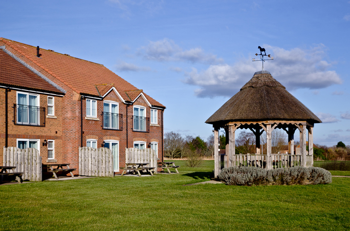 Bluebell Lodge, Lakeview Cottages