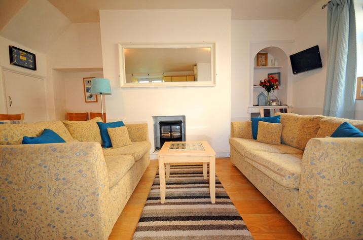 Buoys Cottage In Shaldon1