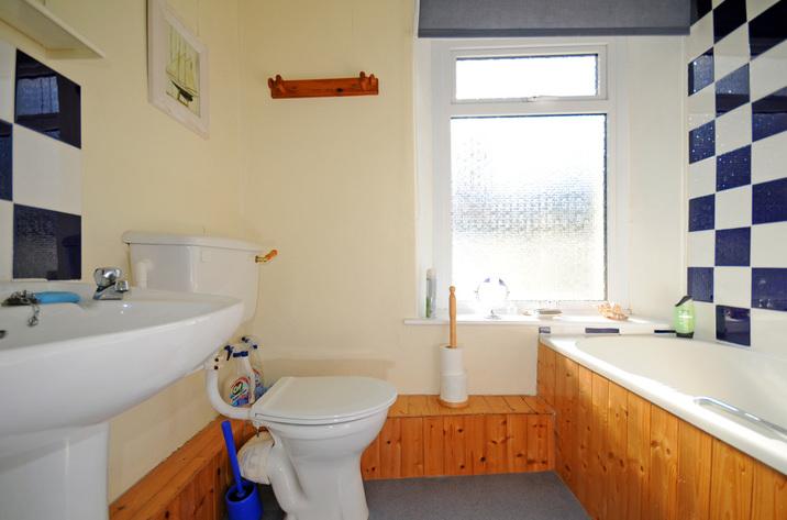 Buoys Cottage In Shaldon8