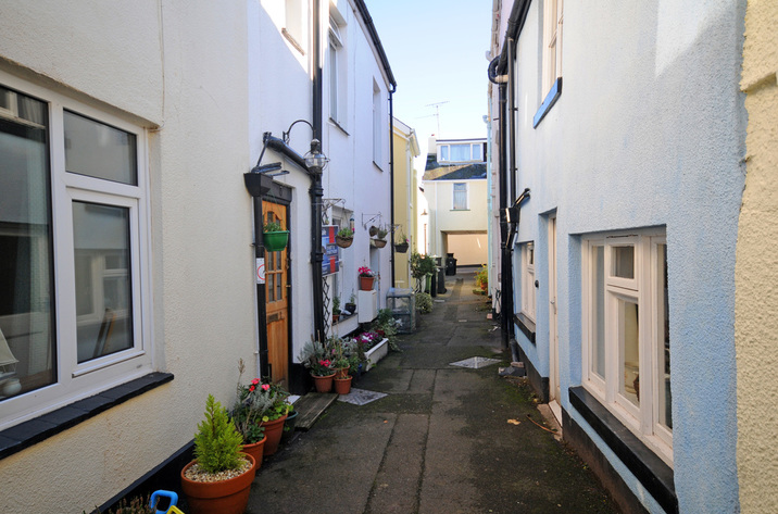 Buoys Cottage In Shaldon9