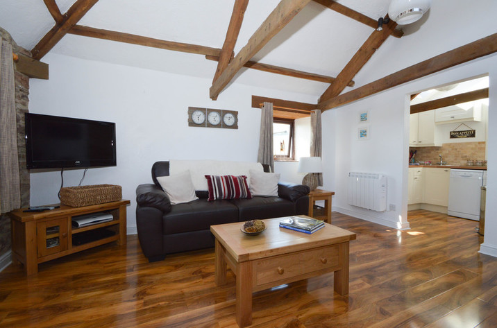 Buzzards View Holiday Cottage In Kingswear3