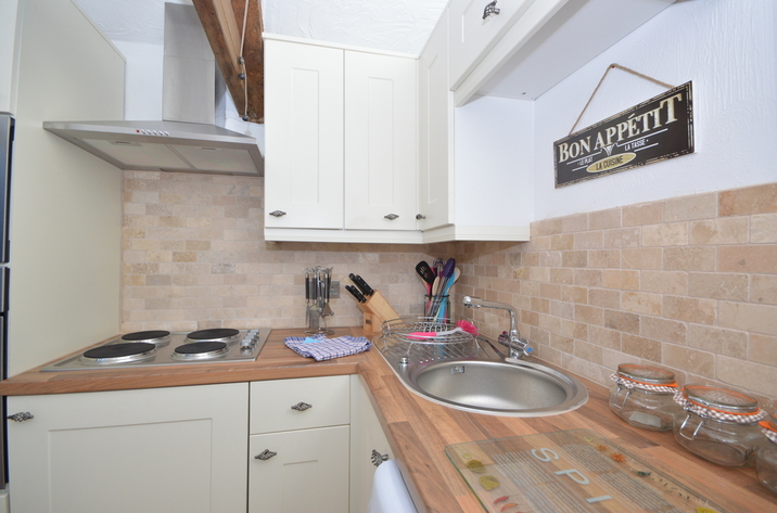 Buzzards View Holiday Cottage In Kingswear6