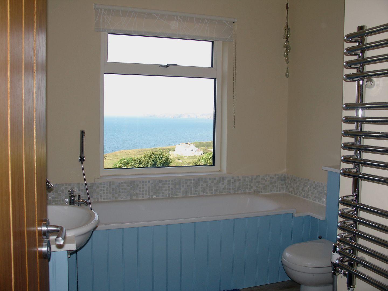 Castle View Port Isaac Bathroom