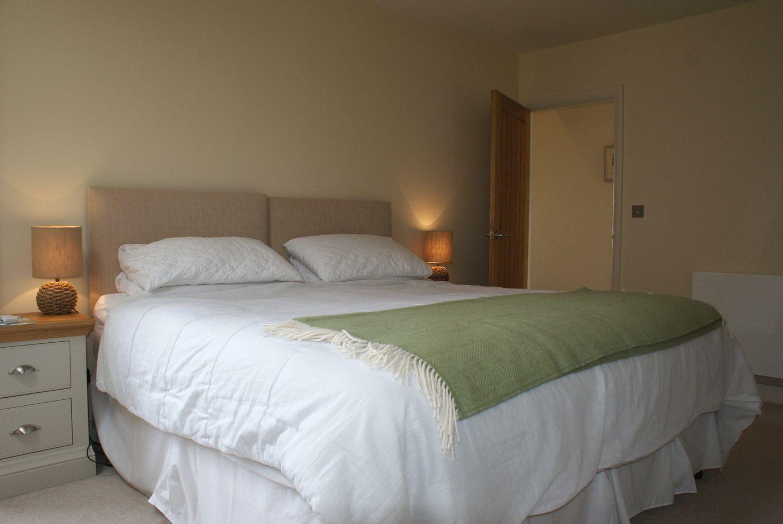 Castle View Port Isaac Double Bedroom Green