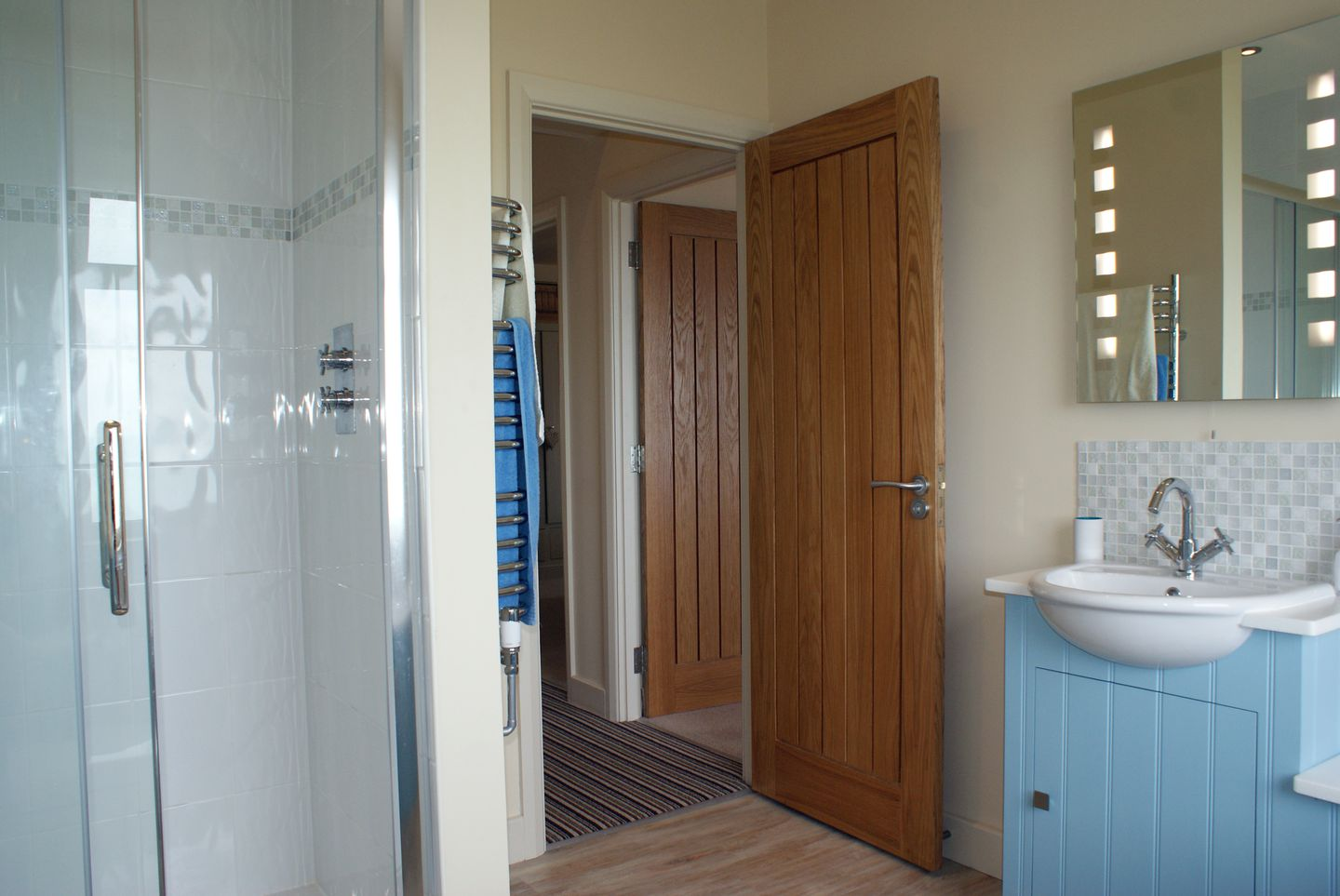 Castle View Port Isaac Shower Room