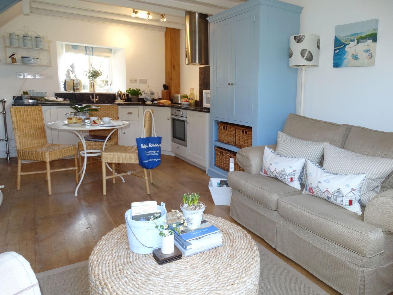 Coast Barn Newton Ferrers Living Room