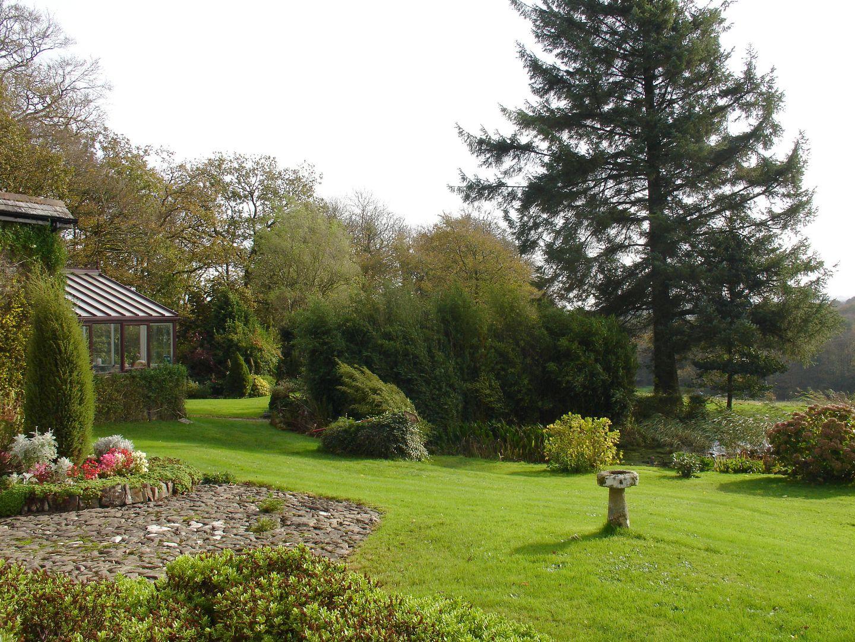 Crookedoak Cottage Holsworthy Garden And Patio