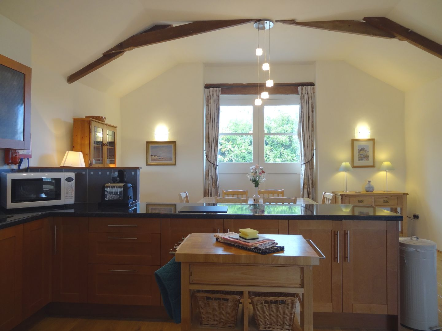 Crosscombe Barn Loddiswell Kitchen With Window