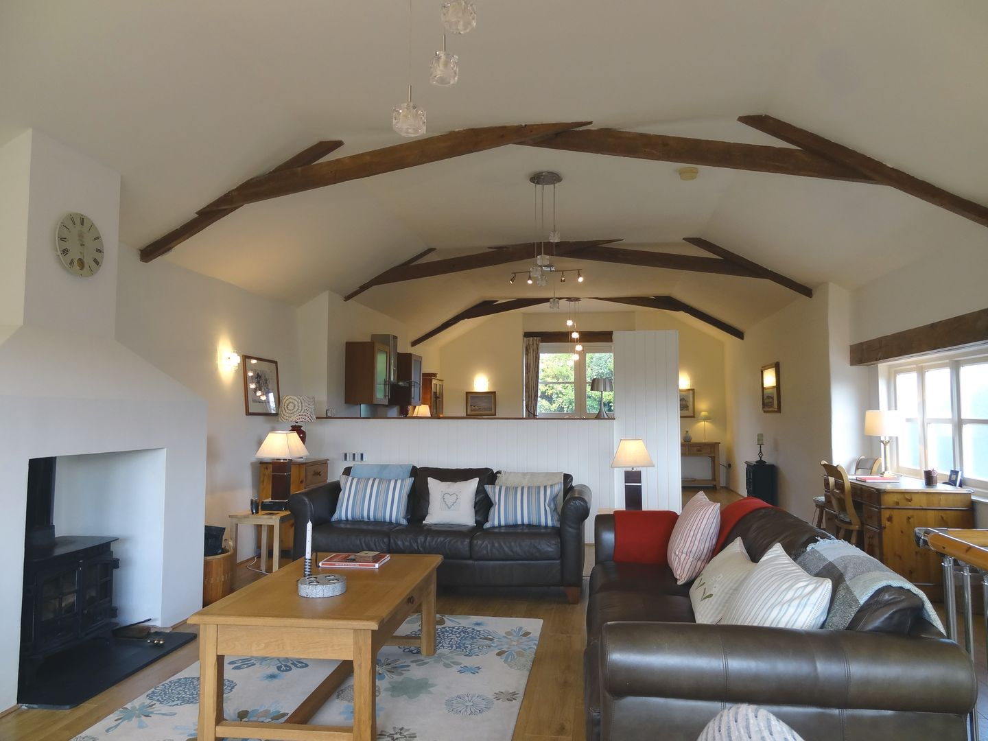 Crosscombe Barn Loddiswell Living Room To Kitchen