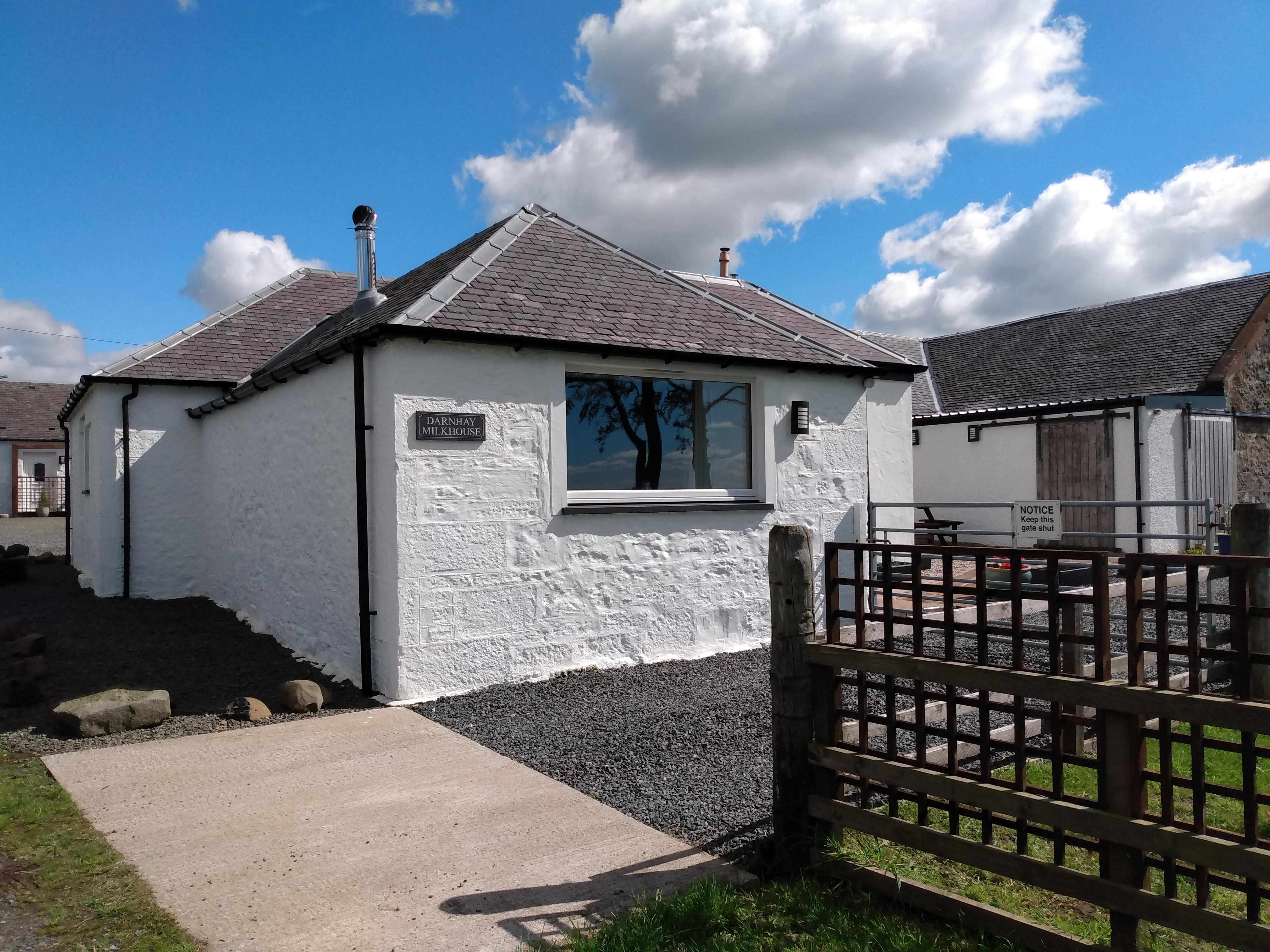 Darnhay Milkhouse9