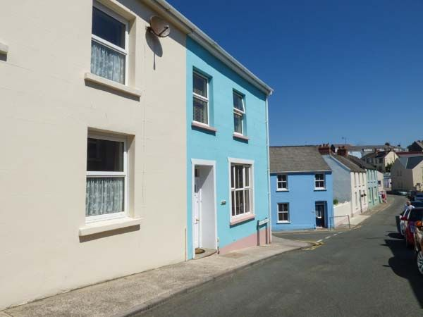 Dingarth Holiday Cottage In Tenby10