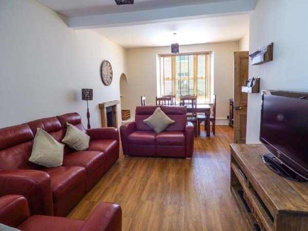 Dingarth Holiday Cottage In Tenby12