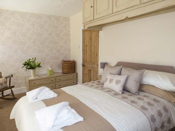 Dingarth Holiday Cottage In Tenby26