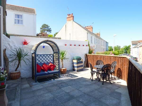 Dingarth Holiday Cottage In Tenby32