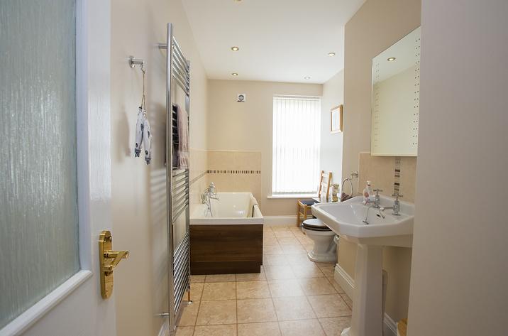 Foremans House Bridlington Bathroom