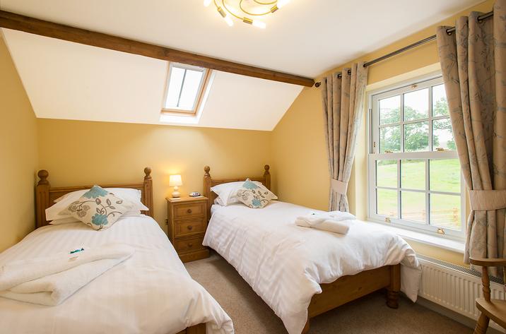 Foremans House Bridlington Twin Bedroom