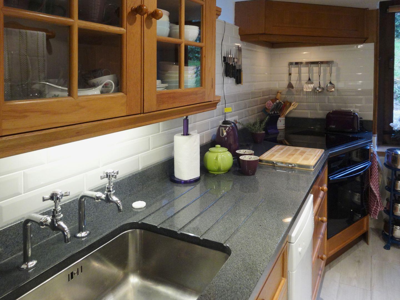 Gibhouse Drewsteignton Kitchen And Cooker