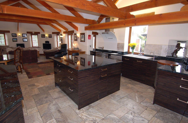 Hideaway Bossiney Tintagel Kitchen Island