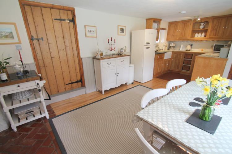 Lower Goosemoor Cottage Wheddon Cross17