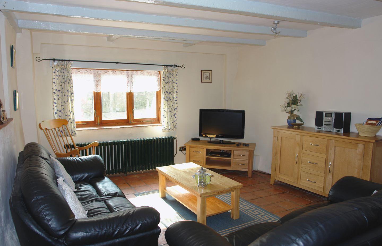 Mermaid Cottage Gorran Haven Lounge