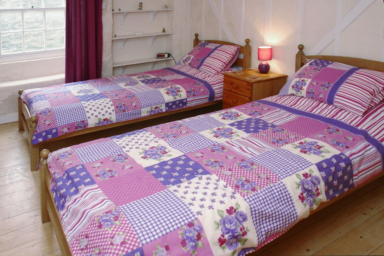 Mermaid Cottage Gorran Haven Twin Bedroom