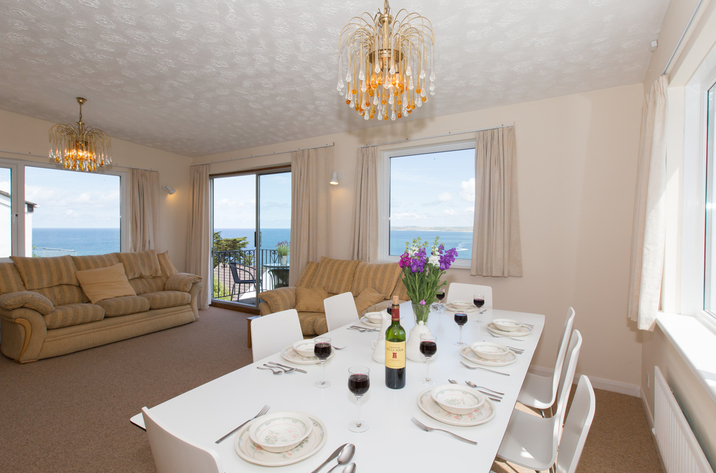 Mordros Carbis Bay Dining Area To Lounge