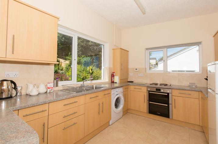 Mordros Carbis Bay Modern Kitchen