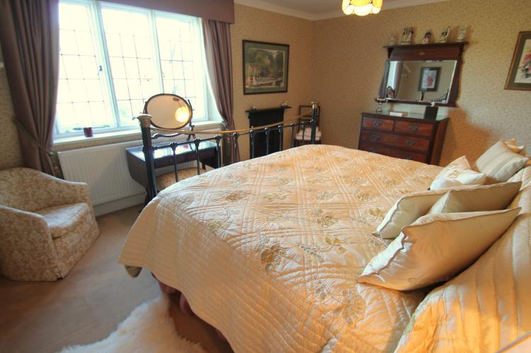 Oare Manor Cottage Lynton4