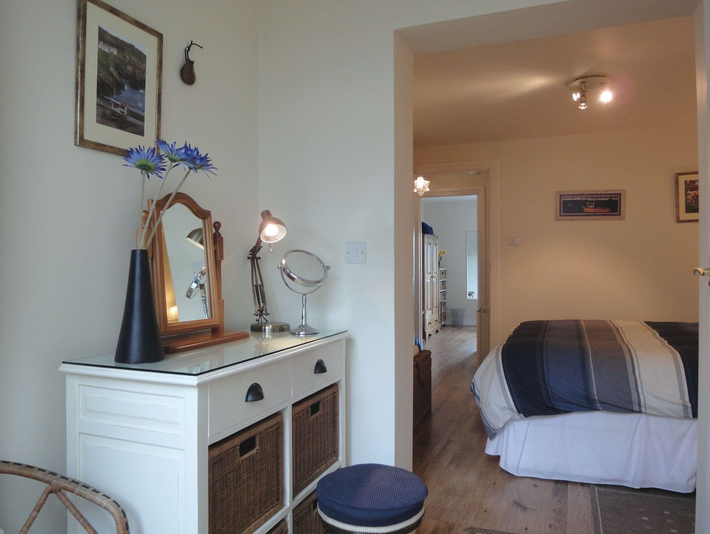 Pier Cottage Bedroom Dressing Table