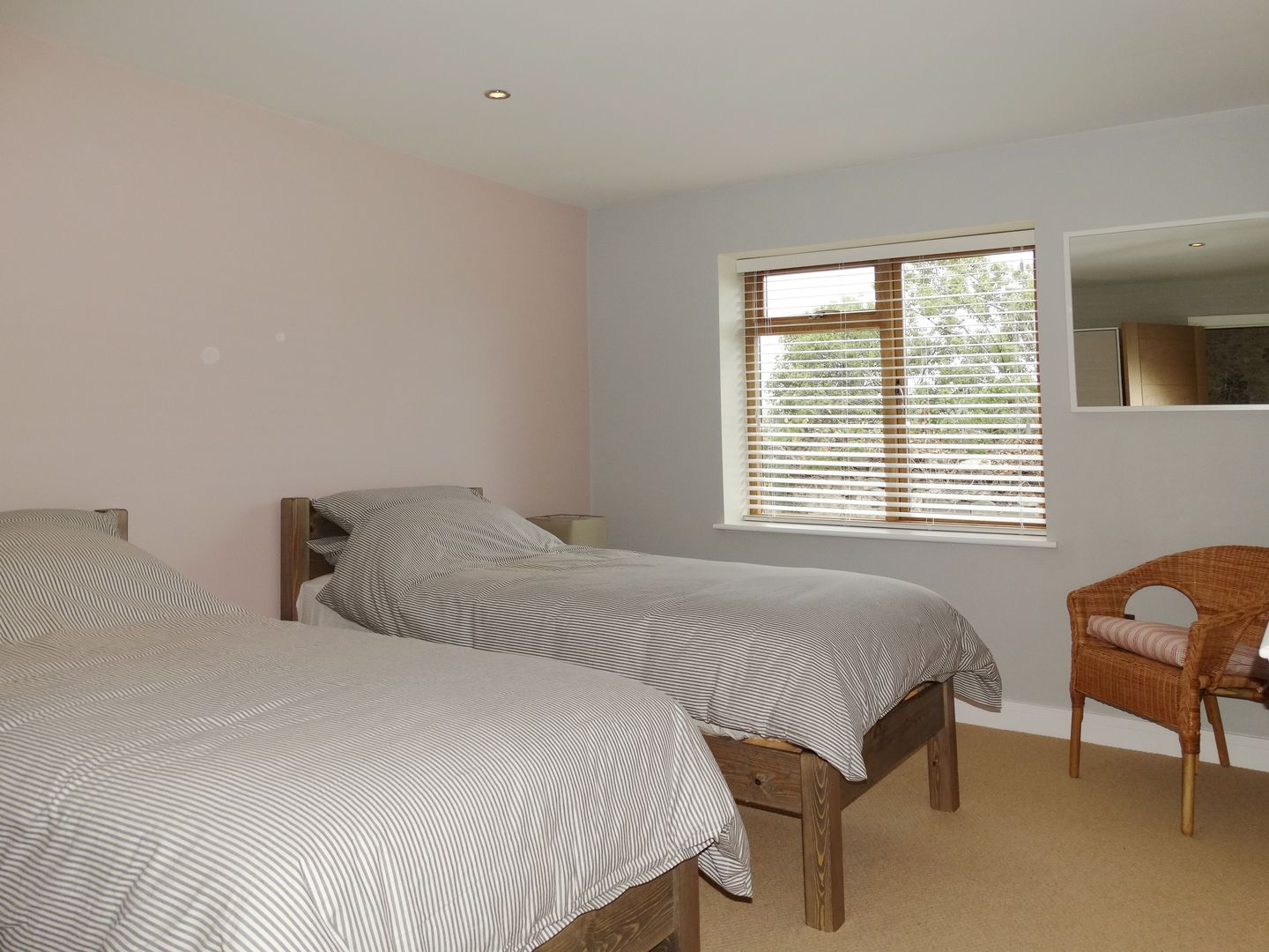 Pippin Charmouth Twin Bedroom