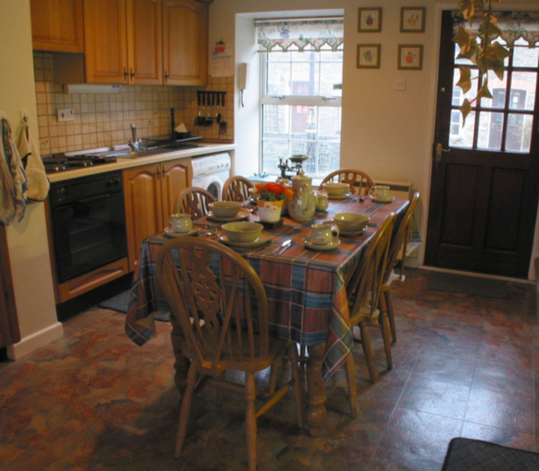Primrose Cottage Edmonton Dining Area