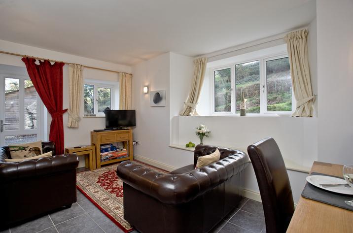Quail Cottage Courtlands Manor1