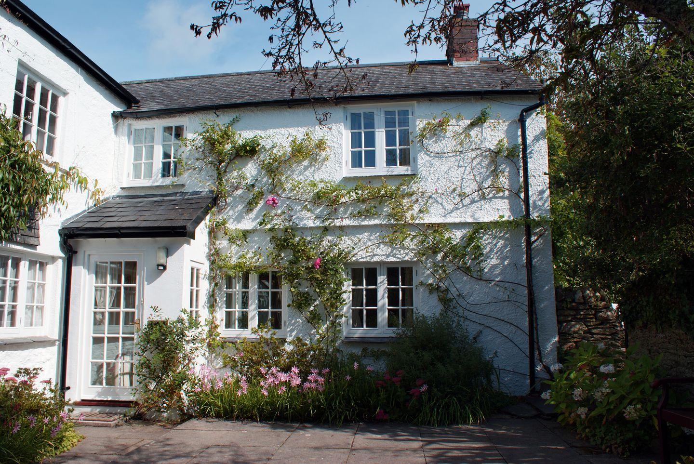 Rambling Rose Cottage
